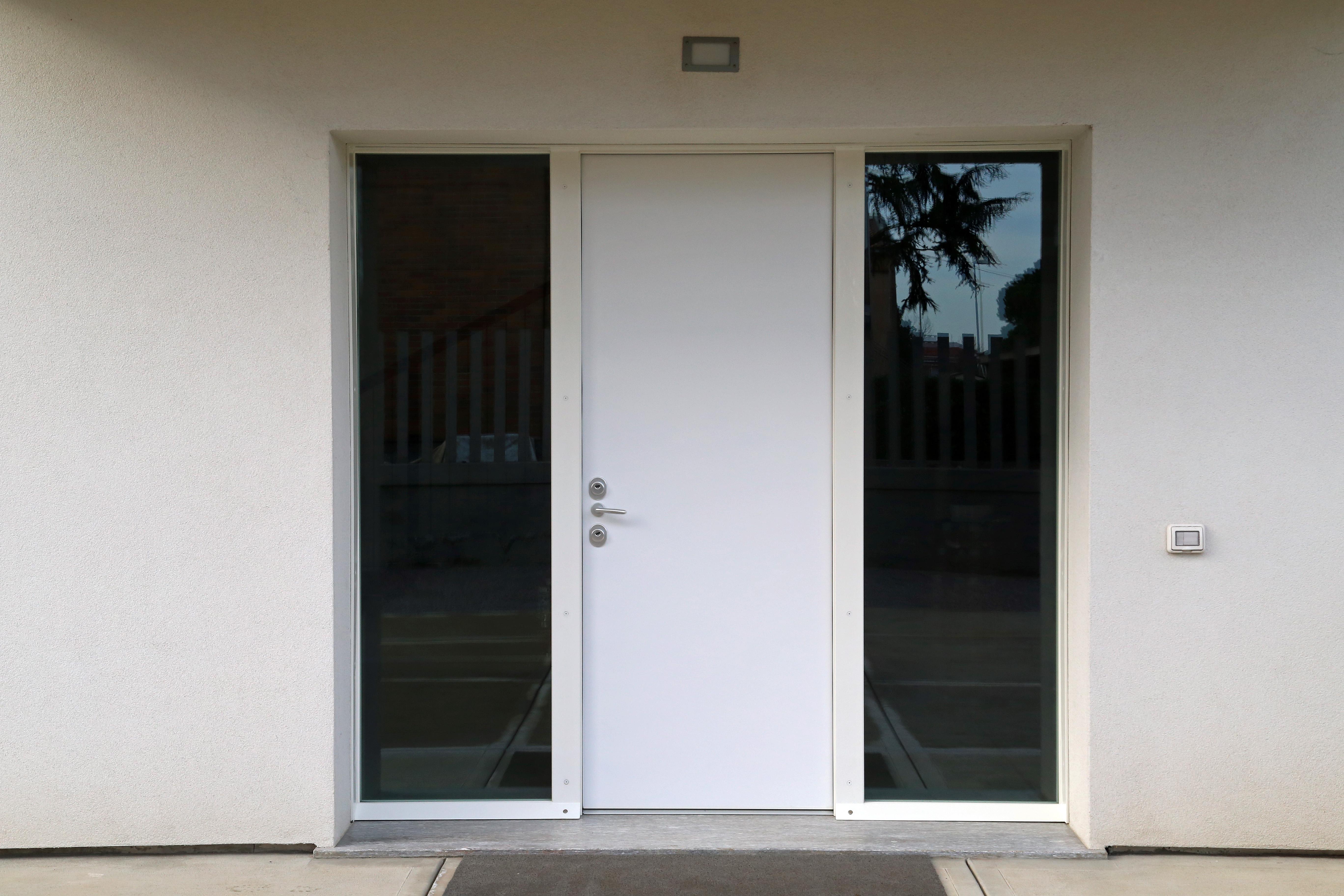 Porte blindate serramenti fumagalli produzione propria for Fumagalli arredamenti brugherio